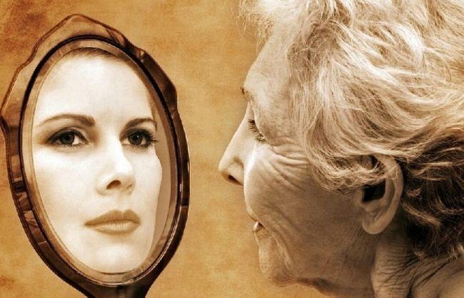 Восприятие старости зависит от физических и социальных факторов, считают психологи