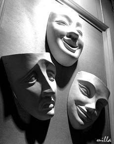 Снимаем маски. Как научиться себя принимать, а не вечно всем угождать и себя переделывать