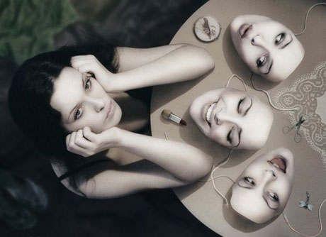 О масках, которые мы носим
