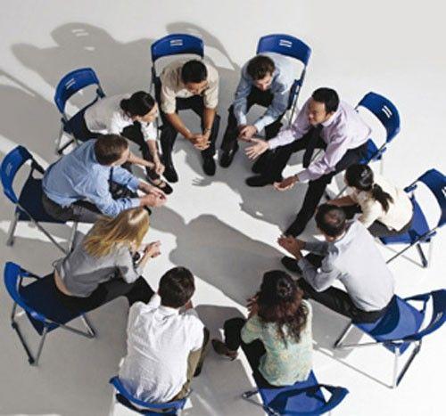 Психотерапевтическая группа: для кого и зачем