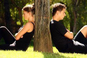 8 признаков того, что ваши отношения умирают или уже умерли.